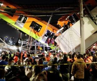 foto: Colapsó un puente y se cayó un tren de pasajeros en México