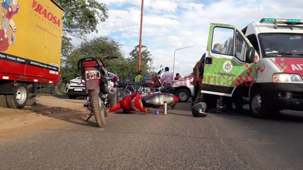 Choque entre dos motos causó un caos en la circulación por Ruta 5