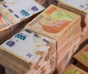 foto: Fue al baño de una estación de servicio y le robaron 500 mil pesos