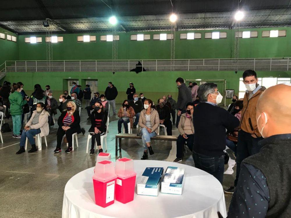 Salud Pública amplía la Campaña de Vacunación Covid-19 en el interior