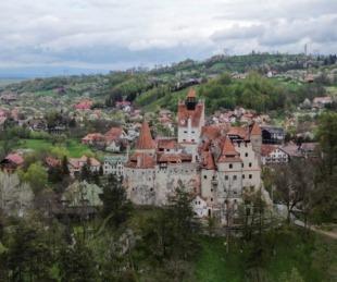 foto: El castillo de Drácula se suma a los centros turísticos de vacunación