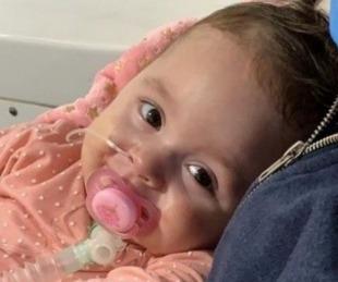 foto: Así ingresaba Emmita al hospital para recibir el medicamento