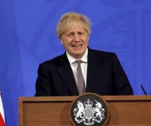foto: Reino Unido vuelve a abrir bares, restaurantes, museos y cines