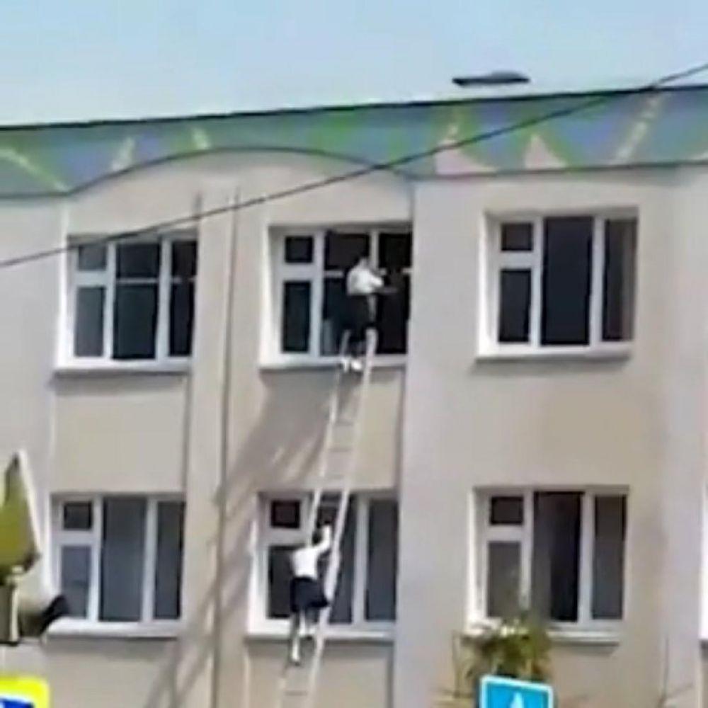 Al menos ocho muertos en un tiroteo en una escuela en Rusia