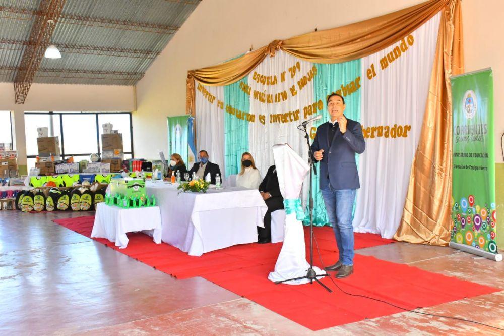En Tabay, Valdés inauguró la ampliación de una Escuela Primaria