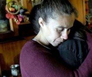 foto: Mató a su marido abusador de 185 puñaladas con ayuda de su hija