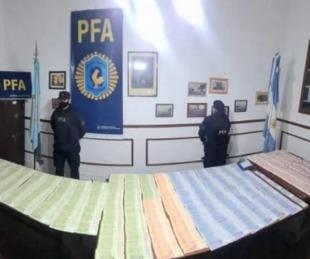 foto: Detuvieron a dos personas con 830.000 de pesos en efectivo