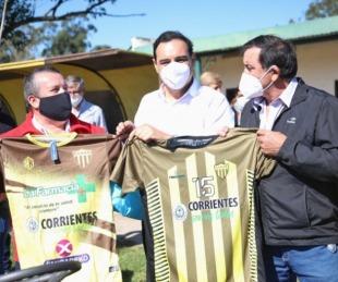 foto: Valdés recorrió obras y entregó elementos a entidad deportiva