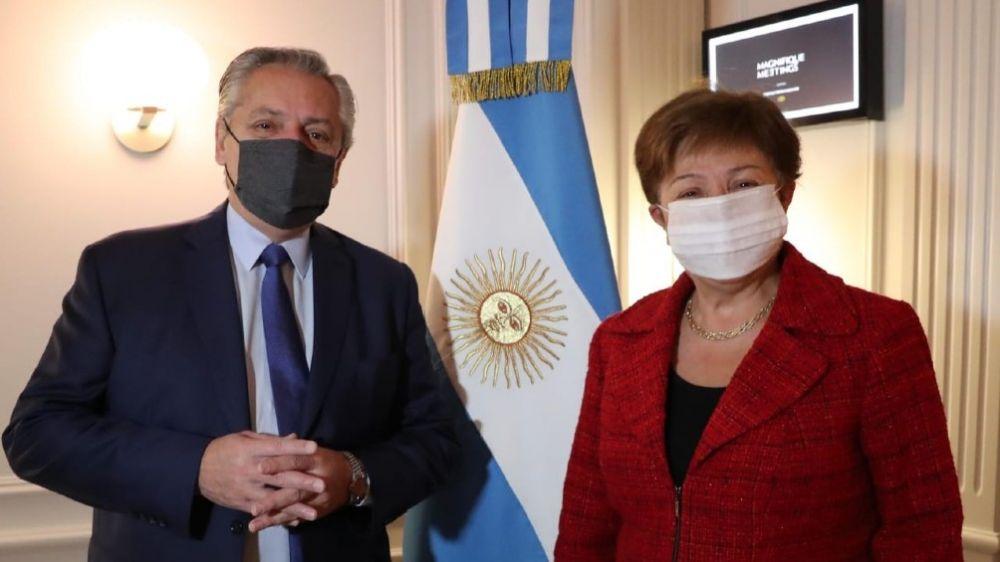 Fernández mantuvo un encuentro con la titular del FMI