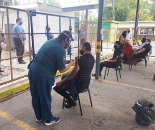 foto: Corrientes: arrancó la vacunación para policías de 40 a 49 años