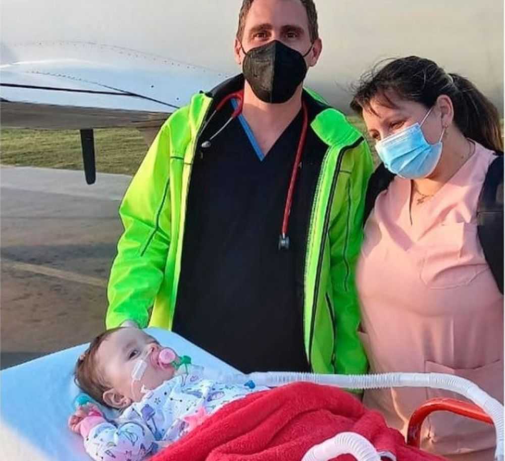 Emmita volvió a su casa tras recibir el medicamento más caro del mundo