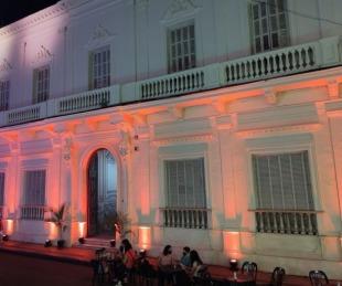 foto: Descubrirán placa frente al Museo de Bellas Artes