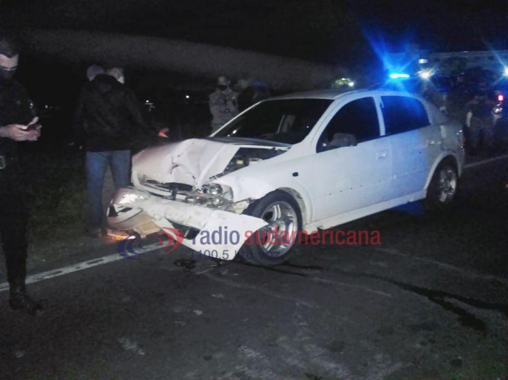 Escapaban de Gendarmería y terminaron chocando con dos autos