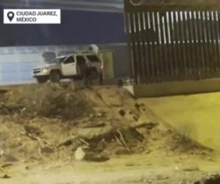 foto: La súplica de un nene abandonado en la frontera México - EE.UU.