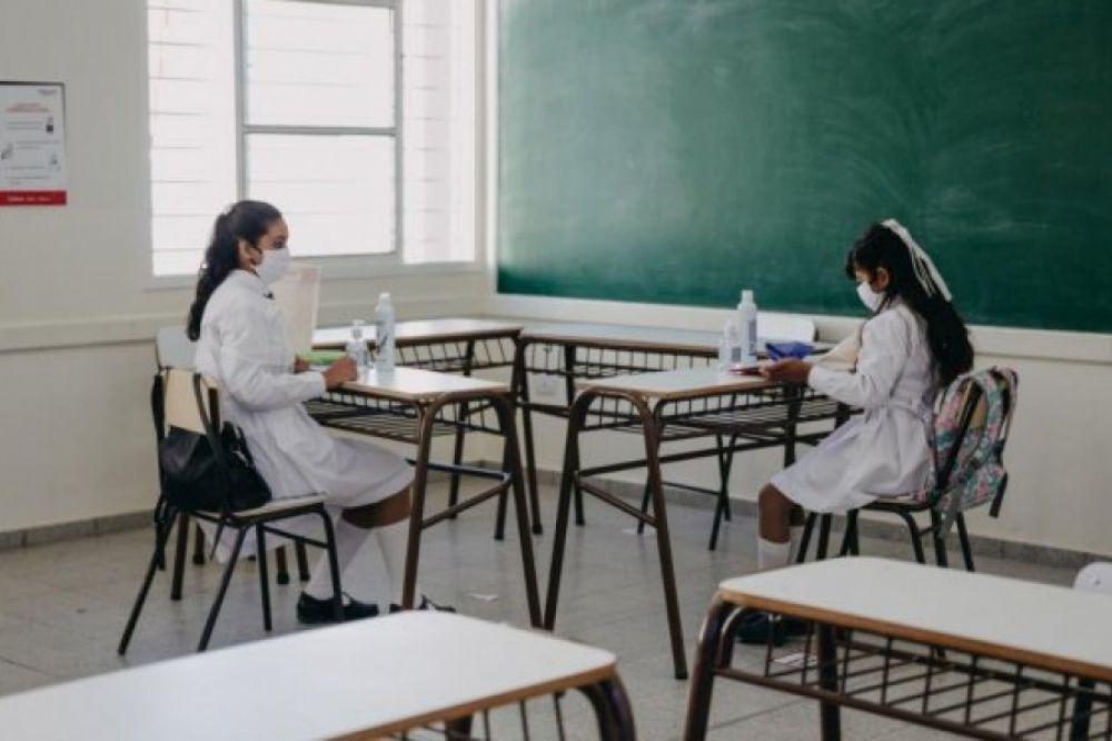 Padres reclaman el retorno de las clases presenciales en Corrientes