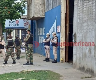 foto: Secuestraron armas, vehículos y detuvieron a cuatro personas