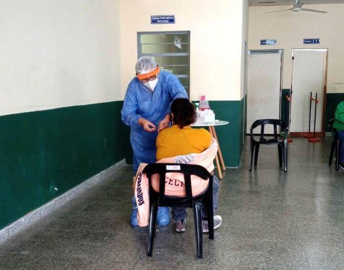Se vacunaron alrededor de 500 personas en centros de rehabilitación