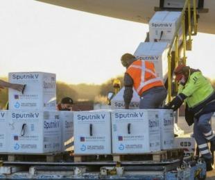 foto: Nación envía 14.400 dosis de la vacuna Sputnik V a Corrientes
