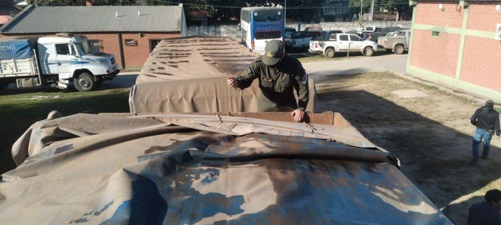 Secuestran 112 toneladas de soja que eran trasladadas en camiones