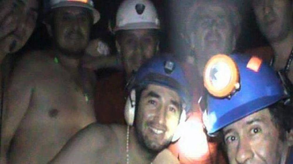 Indemnizarán con 55.000 dólares a mineros atrapados en el 2010