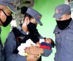 foto: Empeñó a su bebé para pagarle una deuda por drogas al
