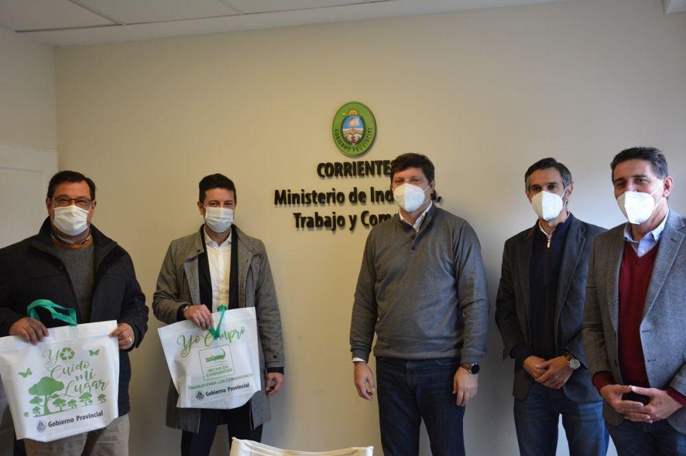 Provincia y Andreani firmaron un convenio para promover la marca Hecho en Corrientes