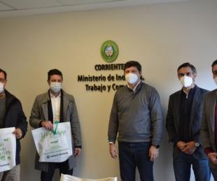foto: Provincia y Andreani firmaron un convenio para promover la marca Hecho en Corrientes