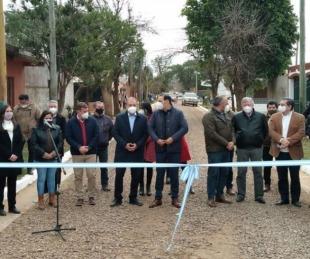 foto: Inauguraron cordón cuneta y enripiado en el B° 17 de Agosto