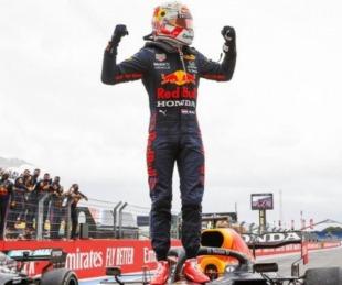 foto: Verstappen pasó en la última vuelta a Hamilton y ganó el GP de Francia