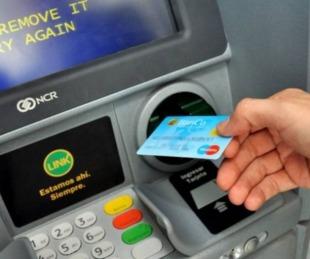 foto: El jueves 24 inicia el pago de sueldos para empleados estatales