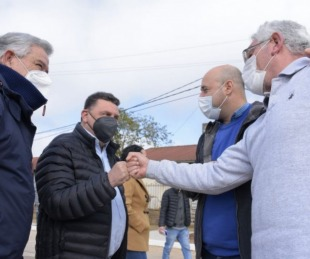 foto: Martin Ascúa inauguró junto a la comunidad nuevo pavimento