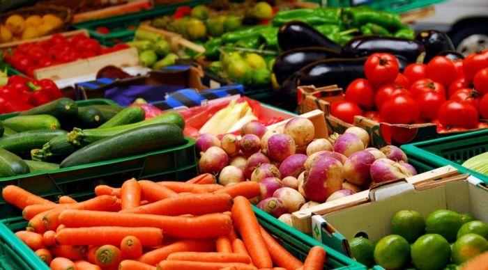 El consumidor pag贸 5,22 veces m谩s de lo que cobr贸 el productor