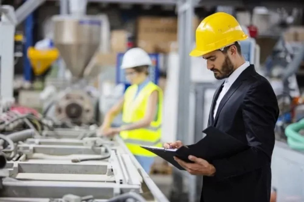 La industria creció 8,2% en junio en comparación con el 2019