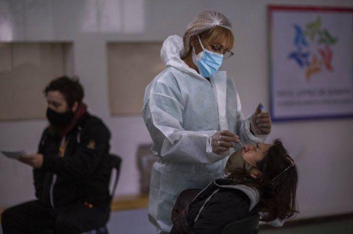 Covid en Argentina: confirmaron 412 muertes y 12.764 contagios