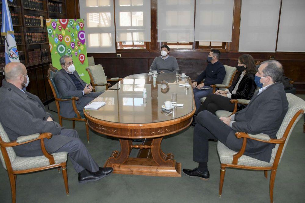 Hacienda y el Consejo de Ciencias Económicas avanzan con articulación institucional