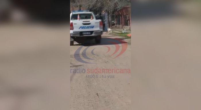 Policía baleó a un perro a la vista de los vecinos en Chaco