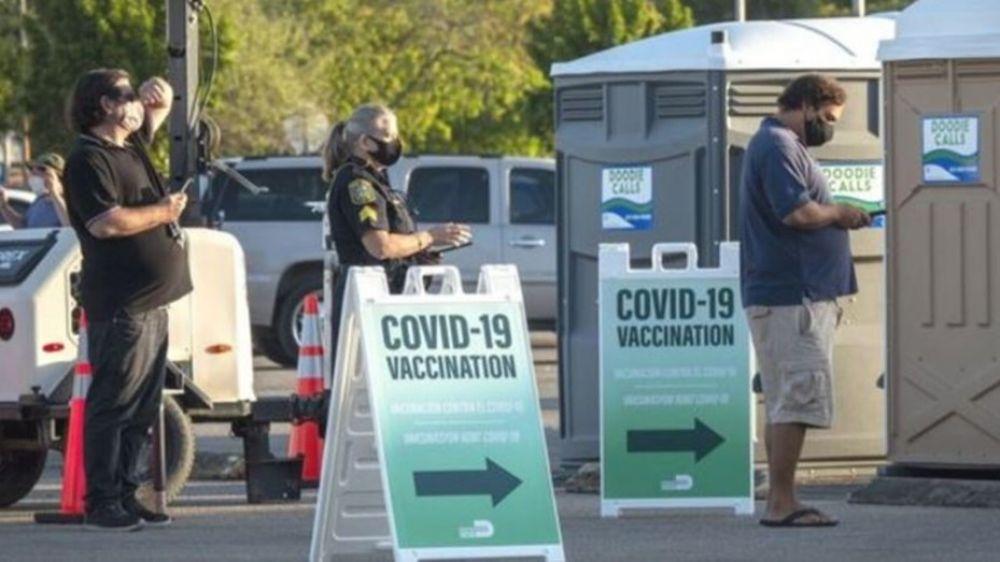 Piden crear un registro de argentinos vacunados en el exterior
