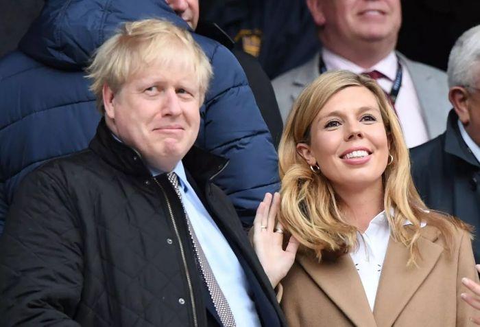 Boris Johnson y su esposa Carrie Symonds esperan su segundo bebé