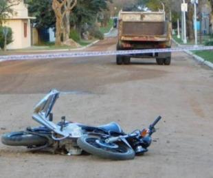 foto: La Cruz: motociclista murió tras colisionar contra un camión
