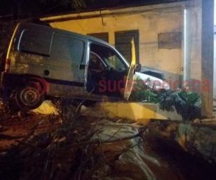 foto: Alcoholizado, conductor chocó contra el muro de una casa