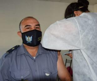 foto: Vacunación covid: Este sábado, policías recibirán segunda dosis