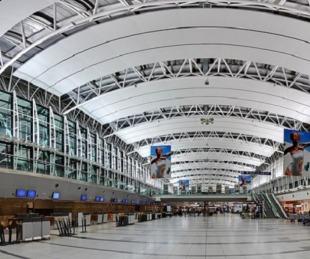foto: Personas que viajen al exterior por trabajo no harán cuarentena al regresar