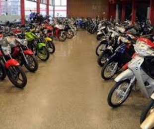 foto: Denunciaron por supuestas estafas a una concesionaria de motos