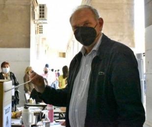 foto: Elecciones: votó el candidato a viceintendente Emilio Lanari