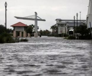 foto: Cuatro muertos y un millón de personas sin luz por el huracán Ida