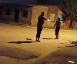 foto: Tucumán: difunden un video en el que un policía balea a un hombre