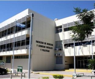 foto: La Facultad de Derecho retomará las clases presenciales a fin de mes