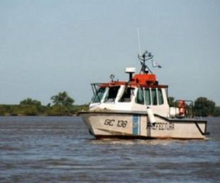 foto: Goya: se dio vuelta una embarcación con seis personas en el Paraná