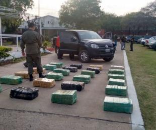 foto: Intentó huir con cargamento de 536 kilos de marihuana en su camioneta
