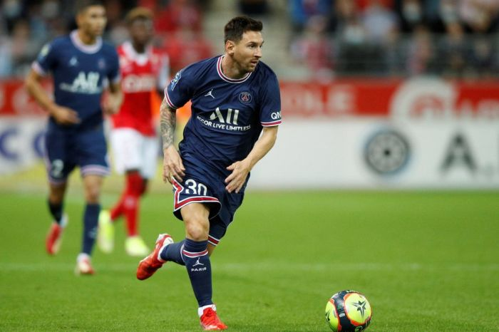 El entrenador del Brujas sorprendió antes de enfrentar al PSG de Messi